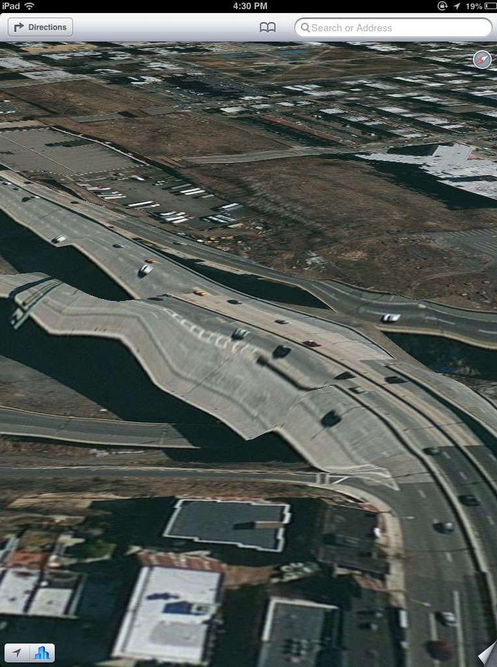 """Une des bizarreries de l'outil """"Plans"""" d'Apple, présenté dans sa nouvelle mise à jour logicielle et qui remplace Google Maps. (AP / SIPA)"""