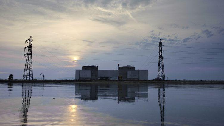 En plein débat sur la fermeture de la centrale nucléaire de Fessenheim, la France peut-elle envisager de se passer de l'énergie nucléaire ? (SEBASTIEN BOZON / AFP)