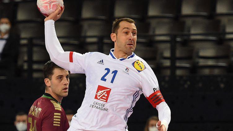 Michaël Guigou, lors d'un match du tournoi de qualification olympique entre la France et le Portugal, le 14 mars 2021. (SYLVAIN THOMAS / AFP)