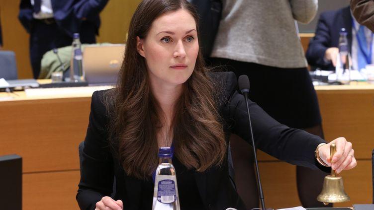 La Finlandaise Sanna Marin participe à une réunion du conseil européenà Bruxelles (Belgique). (DURSUN AYDEMIR / ANADOLU AGENCY / AFP)