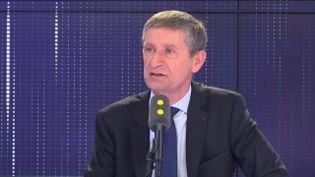 Frédéric Péchenard a fustigé La République en marche, lors de son interview le 22 avril 2019 sur franceinfo. (FRANCEINFO / RADIOFRANCE)