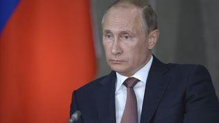 Vladimir Poutine prononce un discours à Yalta (Ukraine), le 17 août 2015. (RIA NOVOSTI / REUTERS)