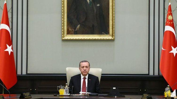 9 mars 2015. Erdogan réunit son cabinet dans son palais présidentiel, à Ankara. (KAYHAN OZER / ANADOLU AGENCY)