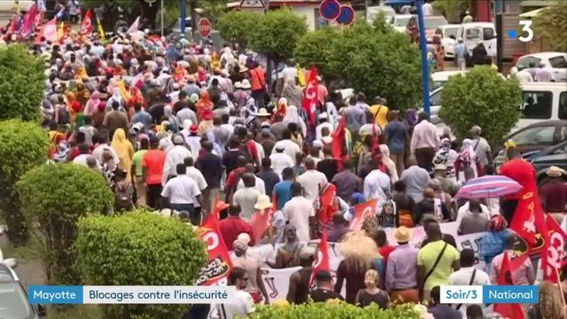 Mayotte : blocages contre l'insécurité