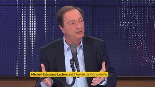 """Michel-Edouard Leclerc,président de l'enseigne de grande distribution E. Leclerc, était l'invité du """"8h30 franceinfo"""" mardi 26 janvier. (FRANCEINFO / RADIOFRANCE)"""