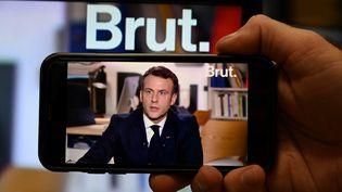 Emmanuel Macron lors de son interview par le média en ligne Brut, le 4 décembre 2020. (BERTRAND GUAY / AFP)