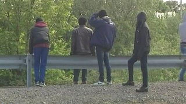 À Calais, les migrants victimes de brutalité policière
