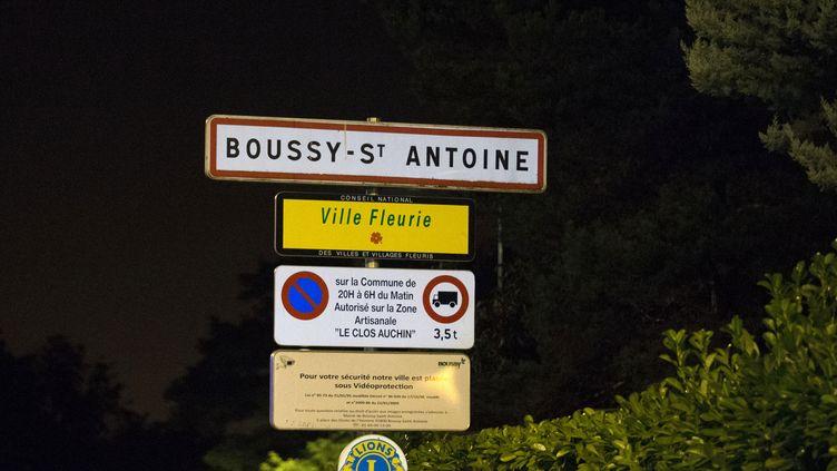 Mort d'un adolescent de 13 ans dans une rixe — Essonne