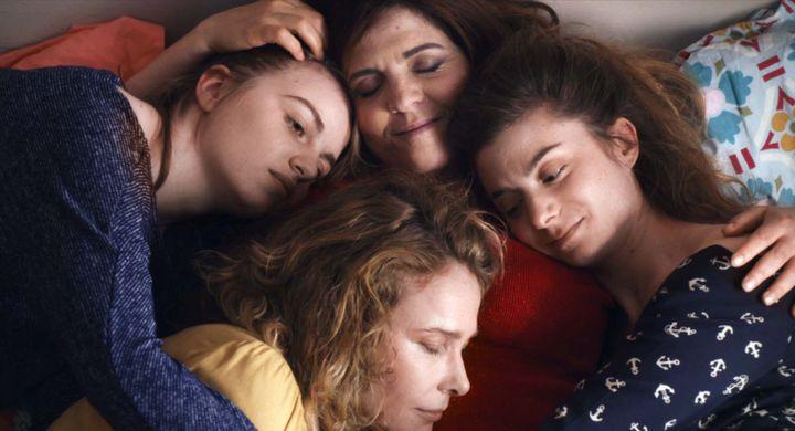 """Agnès Jaoui, Lou Roy Lecollinet, Pascale Arbillot, Sarah Suco dans """"Aurore"""" de Blandine Lenoir  (Karé Productions)"""