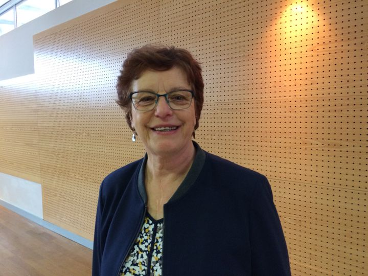 Brigitte Luypaert, maire dela commune de Berd'huis (Orne) (RADIO FRANCE / ARIANNE GRIESSEL)