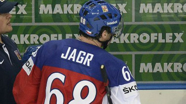 Le hockeyeur tchèque Jaromir Jagr raccroche les patins