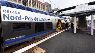 Un TER à Lille (Nord), le 30 novembre 2017. (MAXPPP)