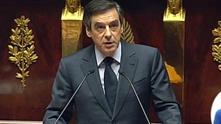 François Fillon lors de son discours de politique générale à l'Assemblée (24-11-2010) (France 2)