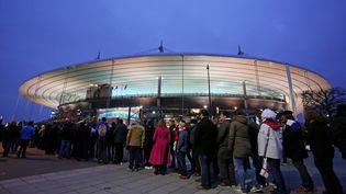 Des supporters avant le match de rugby France-Angleterre, le 19 mars 2016 au Stade de France. (JAMES MARSH / BACKPAGE IMAGES LTD / AFP)