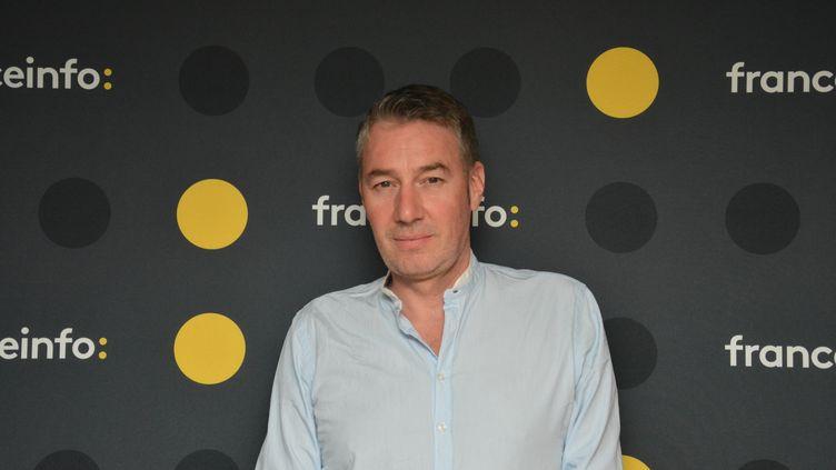 Alexandre Pasteur,commentateur du Tour de France pour France Télévisions. (JEAN-CHRISTOPHE BOURDILLAT / RADIO FRANCE)