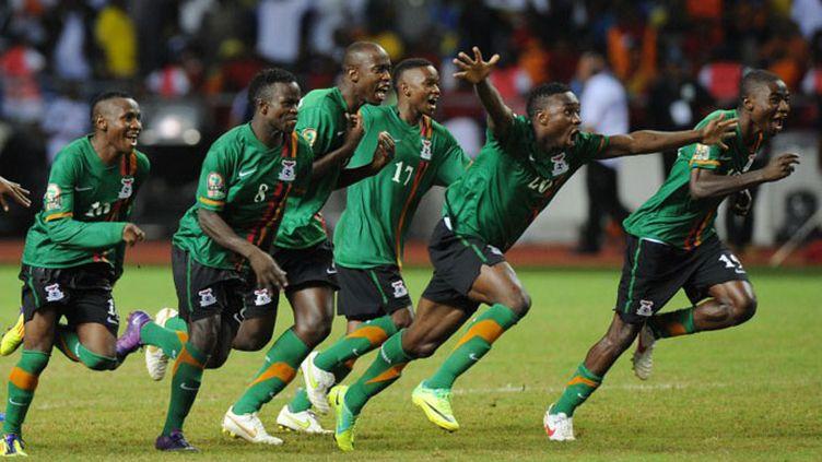 La joie des Zambiens, vainqueurs de la CAN