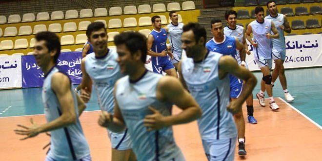 La sélection iranienne de volley à l'entraînement