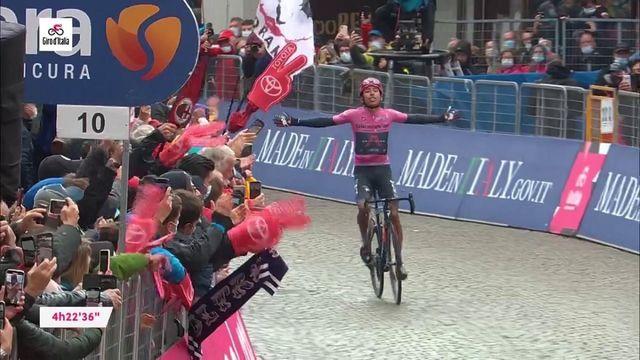 Tour d'Italie 2021 : Egan Bernal gagne en solitaire devant Romain Bardet