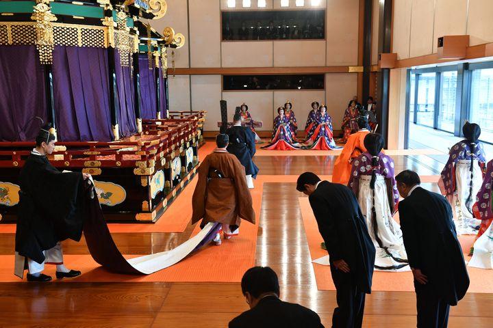 Cérémonie d'intronisation du nouvel empereur Naruhito, le 22 octobre 2019.   (KAZUHIRO NOGI / POOL / AFP / ANADOLU AGENCY)