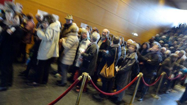 """File d'attente fournie pour l'ouverture de la """"Folle journée"""" de Nantes, le 28 janvier 2015  (GEORGES GOBET / AFP)"""