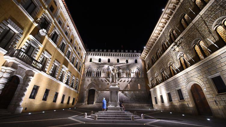 Le siège deMonte dei Paschi, à Sienne, en Italie, le 29 juin 2016. (GIUSEPPE CACACE / AFP)
