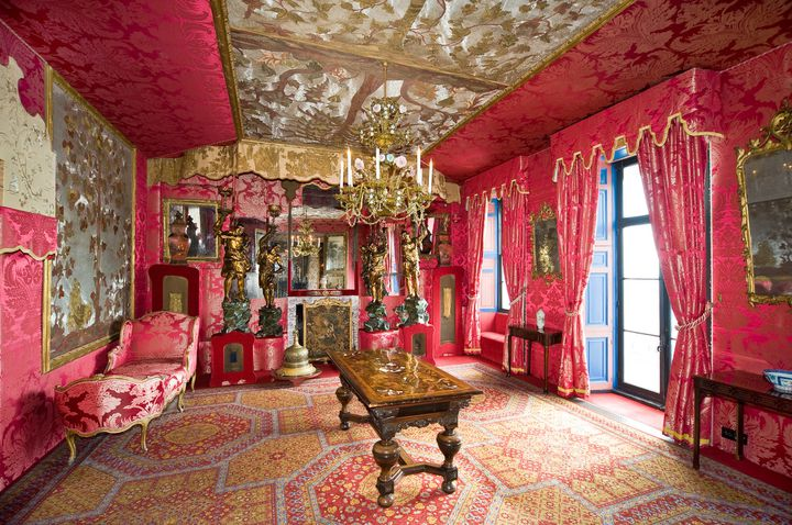Le Salon rouge de la maison de Victor Hugo à Guernesey.  (Graham Jackson)
