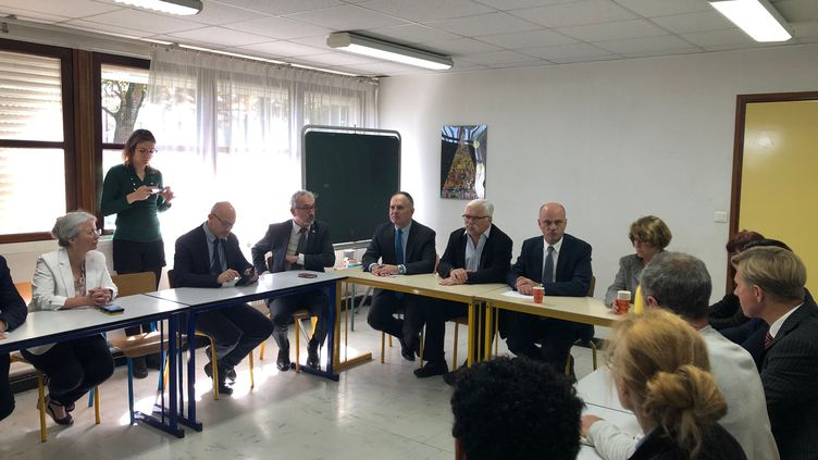 Le ministre de l'Éducation nationaleJean-Michel Blanquer en visite à l'école Albert-Camus de Creil (Oise), le 26 avril 2019. (ALEXIS MOREL / FRANCE-INFO)