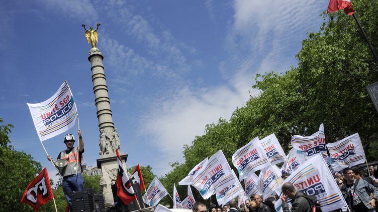Les policiers ont manifesté une nouvelle fois à Paris jeudi 10 mai 2012 (BERTRAND GUAY / AFP)