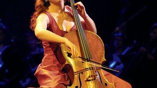 La violoncelliste Ophélie Gaillard aux Victoires de la musique classique, le 27 février 2003. (MAXPPP)