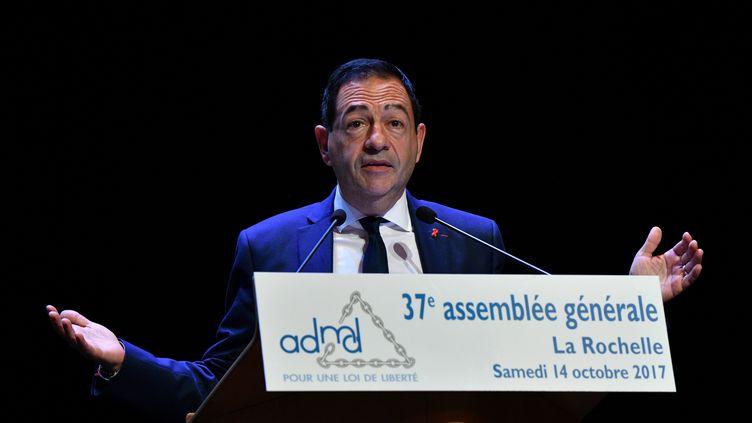 Jean-Luc Romero, président de l'Association pour le droit de mourir dans la dignité, le 14 octobre 2017. (XAVIER LEOTY / AFP)