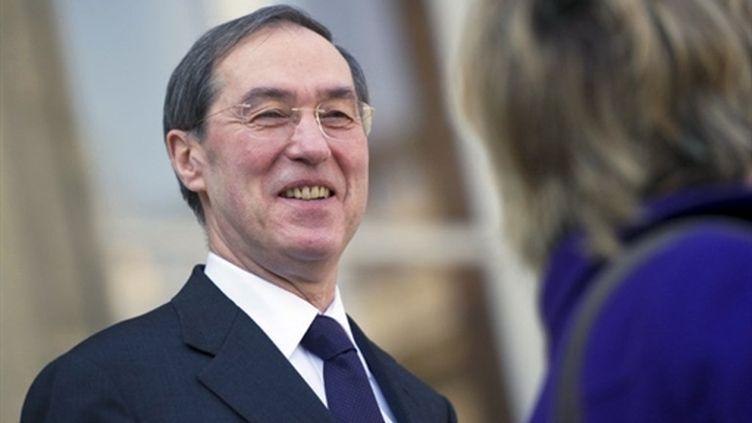Le ministre de l'Intérieur Claude Guéant sortant du palais de l'Elysée le 23 mars 2011 (AFP/LIONEL BONAVENTURE)