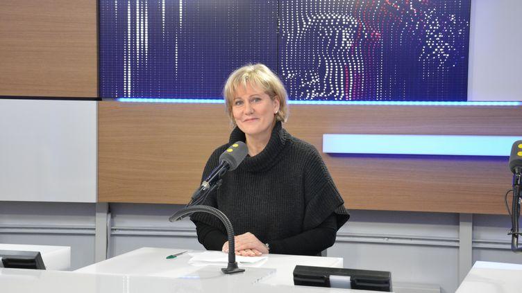 Nadine Morano,députée européenne Les Républicains, dans les studios de franceinfo. (RADIO FRANCE / JEAN-CHRISTOPHE BOURDILLAT)