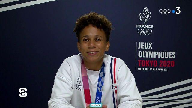 La Française Amandine Buchard revient sur sa journée haute en émotions avec une médaille d'argent au bout de la compétition chez les moins de 52 kg.