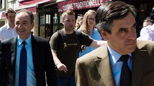 Jean-François Copé (à gauche) et François Fillon (à droite), le 24 avril 2013 à Paris. (MARTIN BUREAU / AFP)