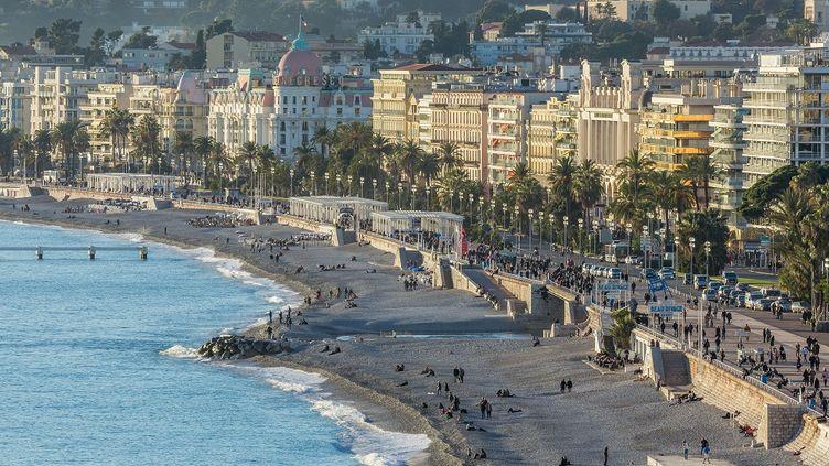 """Les mafieux seraient très implantés sur la Côte d'Azur (ici,Nice, le 20 mars 2015), selon l'ouvrage """"Razzia sur la Riviera"""". (ALIZEE PALOMBA / ONLY FRANCE)"""