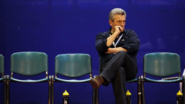 Claude Onesta très songeur... (FRANCK FIFE / AFP)