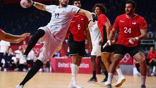 Nicolas Tournat et les Bleus ont battu l'Egypte jeudi 5 août en demi-finale. (FRANCK FIFE / AFP)