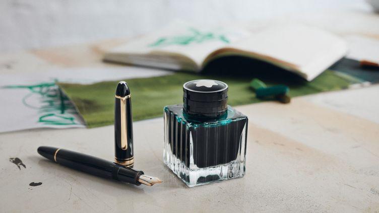 Le stylo de luxe a gardé tout son pouvoir de séduction. (MONTBLANC)