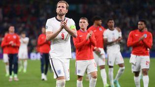 Battu avec l'Angleterre par l'Italie en finale de l'Euro 2021 le 11 juillet, Harry Kane est resté muet et n'a même pas tenté le moindre tir. (LAURENCE GRIFFITHS / AFP)