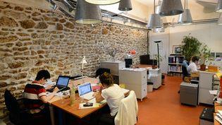 Un espace de coworking à Paris. (PIERRE ANDRIEU / AFP)