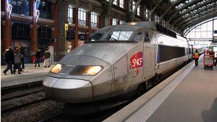 Un TGV en gare de Lille Flandre, dans le Nord. (MAXPPP)