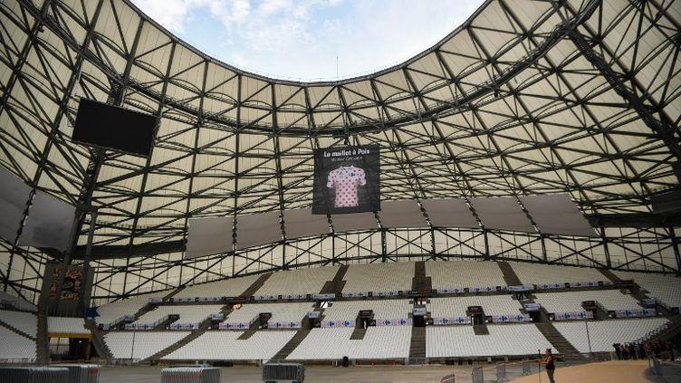 Le stade Vélodrome porte bien son nom (BERTRAND LANGLOIS / AFP)