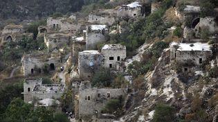 Les ruines du villages de Lifta, photographiées en août 2011. (ABIR SULTAN / EPA)