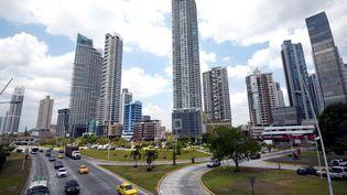 Vue des immeubles à Panama City (Panama), le 4 avril 2016. (RODRIGO ARANGUA / AFP)