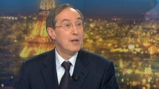 L'ex-ministre de l'Intérieur, Claude Guéant, sur le plateau du 20h de France 2 le 30 avril 2013. ( FRANCE 2 / FRANCETV INFO)