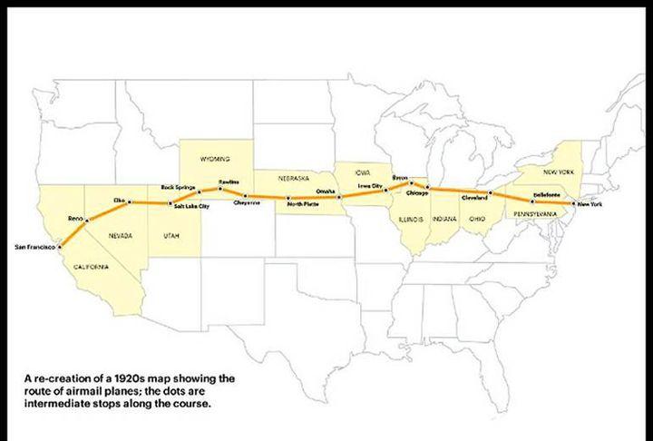 La carte de la traversée d'est en ouest. Tous les points étant des arrêts relais possibles