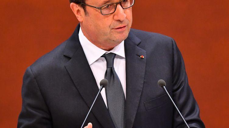 Le président françois Hollande prononce un discours au Conseil de l'Europe à Strasbourg, le 11 octobre 2016. (MUSTAFA YALCIN / ANADOLU AGENCY)