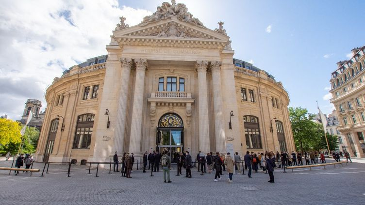 L'ouverture de la Bourse de Paris, le 22 mai 2021. (PANAYOTIS PAVLEAS / HANS LUCAS / AFP)