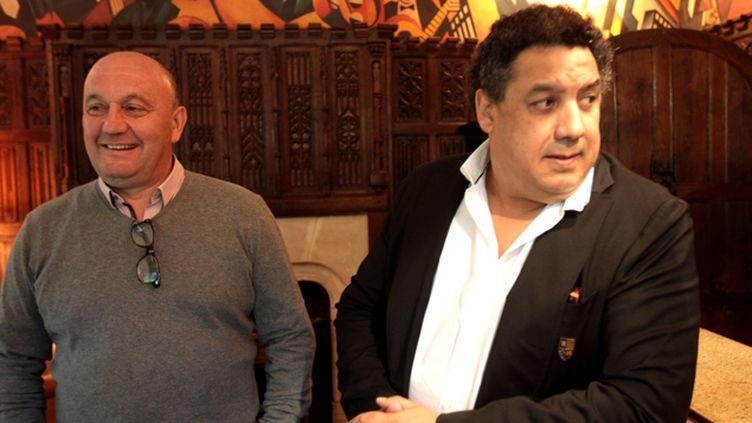 (Manu Mérin, le président de Bayonne, et Serge Blanco, le désormais ex-président de Biarritz, le 29 mai 2015. © Maxppp)