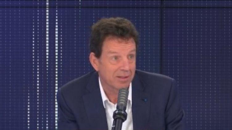 Geoffroy Roux de Bézieux, président du Medef, était sur franceinfo lundi 15 mars 2021. (FRANCEINFO / RADIOFRANCE)